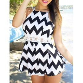 Sweet Lace Panel Slim Fit Playsuit in Zigzag Size:S-XL