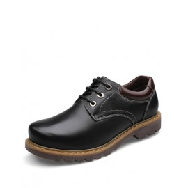 Classic Lace-Up Contrast Color Dress Shoes in Solid Color