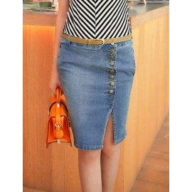 Multi Button Detailed Denim Skirt in Light Washed Size:S-L
